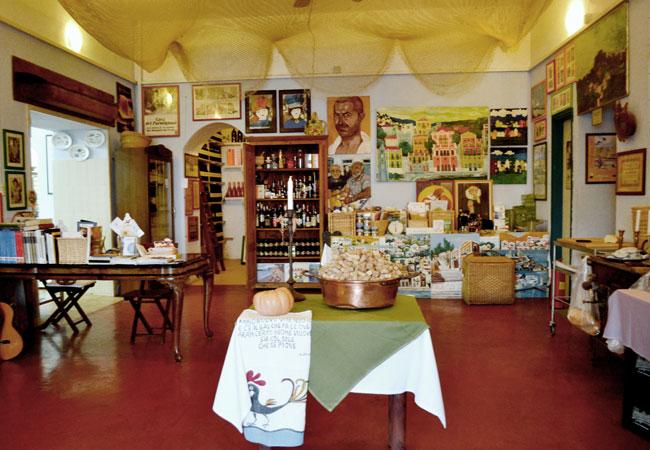 Ristorante con cucina Mediterranea a Symi